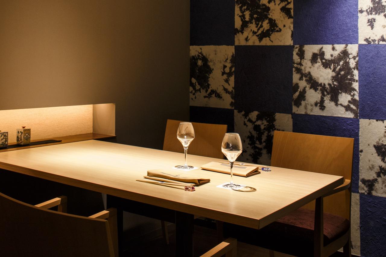 Restaurant<br>Wine & Sushi Kaiseki  Blue Seasons